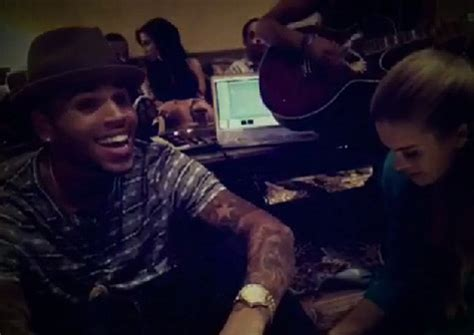 chris brown performs acoustic set  ugly video