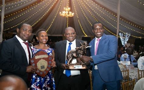 Jubilee insurance is the largest and the number one insurer in east africa providing insurance services to over 1,900,000 people in the region. Jubilee, Britam shine at annual insurance fete: The Standard