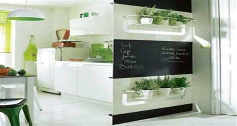 astuce deco cuisine cuisine 10 astuces pour optimiser petit espace