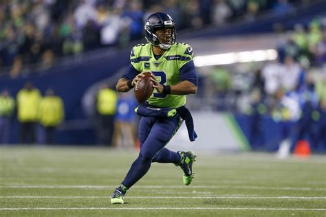 seahawks  rams  point spread total money