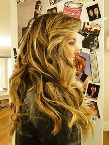 Long dirty blonde hair with loose curls | Inspiring Style ...