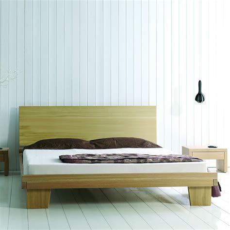 valet de chambre moderne lit adulte avec sommier en bois massif brin d 39 ouest