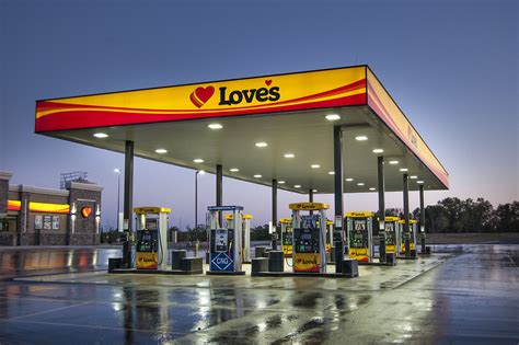 Love's Travel Stops & Country Stores - Wikipedia