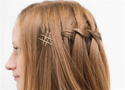 18 Cool Hacks For Bobby Pins That Are Absolutely Genius
