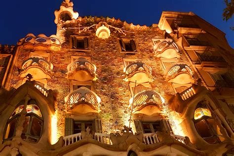Founded in 1899 by a group. 5 Must-See Gaudi Buildings in Barcelona - Simply Enjoy Travel
