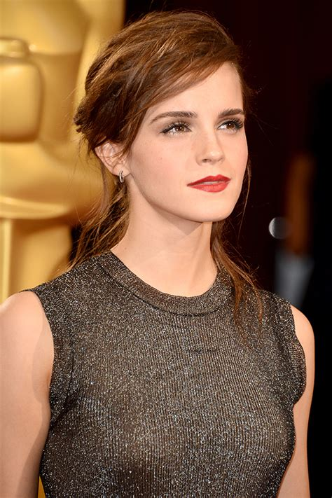 How Copy Emma Watson Perfectly Messy Oscars Hair