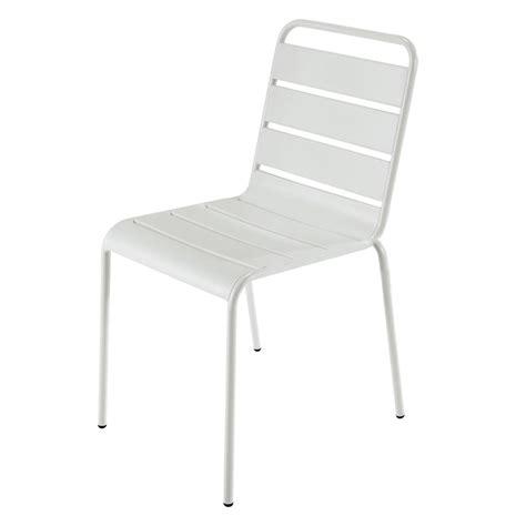 chaise de jardin maison du monde chaise de jardin en métal blanche batignolles maisons du monde