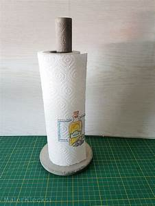 Beton Schleifen Schleifpapier : ein praktischer k chenrollenhalter aus beton malerklecksi ~ Watch28wear.com Haus und Dekorationen