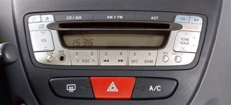 comparatif si鑒e auto interfaces usb mp3 citroen c1 clés usb et entrée auxiliaire hightech privee