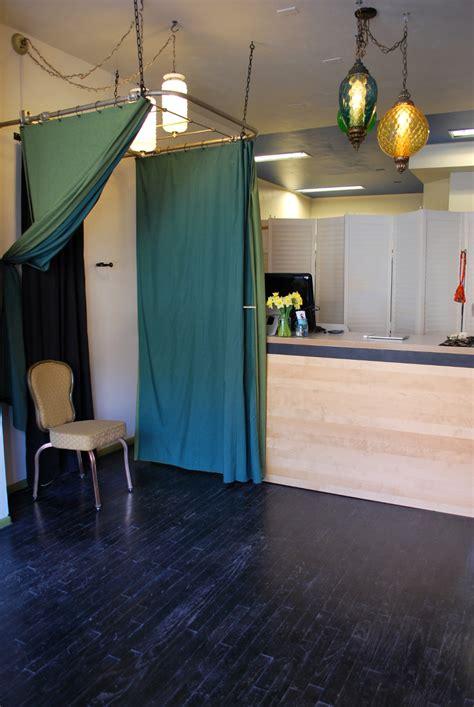front desk hiring we re hiring a front desk or gent root design