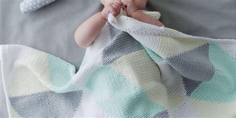 tricoter  plaid geometrique  tout doux pour bebe