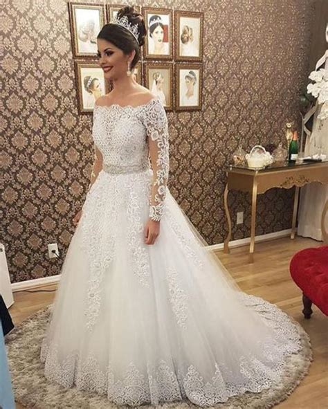 appliqued wedding dressbridal dresses
