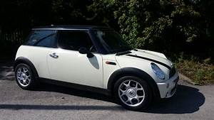Mini Cooper Pack Chili : 2006 56 mini cooper in pepper white with low miles chili pack mrs mini used mini cars ~ Medecine-chirurgie-esthetiques.com Avis de Voitures