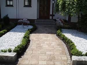 Gartenweg Anlegen Günstig : 27 besten hauseingang bilder auf pinterest verandas garten terrasse und balkon ~ Markanthonyermac.com Haus und Dekorationen