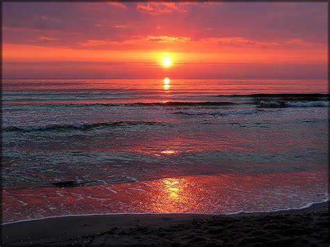 sunrise baltic sea ein herrlicher sonnenaufgang  baabe