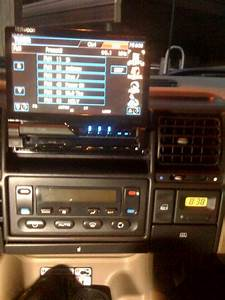 Aftermarket Stereo Installation - Land Rover Forums