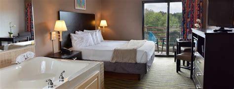 atlantis hotel wisconsin dells rooms  suites  room