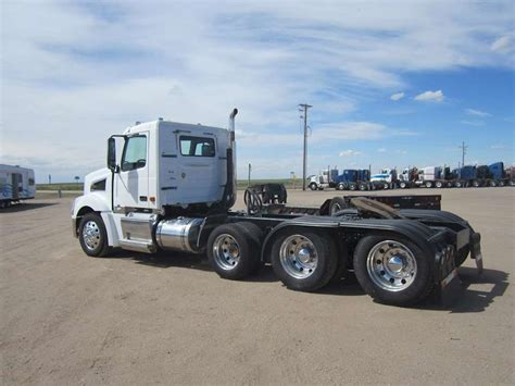 commercial truck for sale volvo 2008 volvo vt64t800 day cab semi truck for sale 390 000