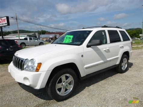 2005 Stone White Jeep Grand Cherokee Limited 4x4