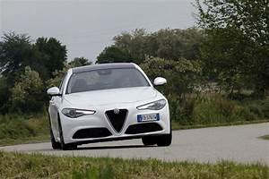 Essai Alfa Romeo Giulia : essai alfa romeo giulia notre avis d taill sur la giulia diesel photo 37 l 39 argus ~ Medecine-chirurgie-esthetiques.com Avis de Voitures