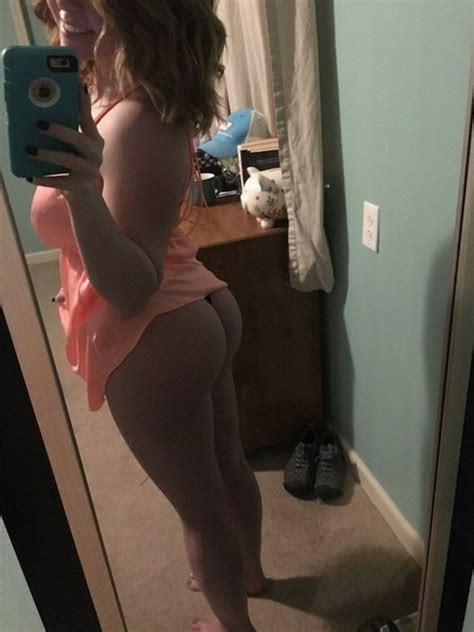 sweet delicious hump day butts barnorama