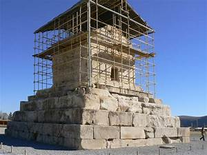 Panoramio - Photo of Pasargadae: Tomb of Cyrus the Great