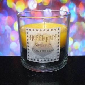 Bougie Harry Potter : harry potter scented candles hufflepuff rule but i love all houses harry potter tim e et ~ Melissatoandfro.com Idées de Décoration