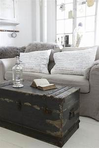 16 old trunks turned coffee tables that bring extra for Living room chest coffee table