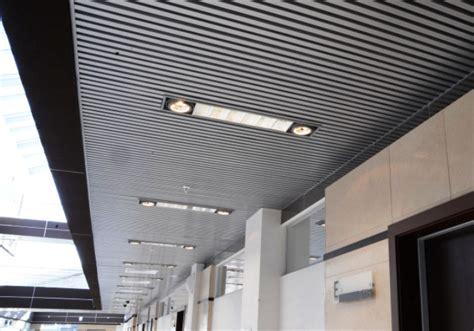 plafond tendu soi meme poser un plafond tendu soi meme 224 etienne les meilleurs artisans chocolatiers peindre un