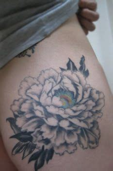 foto de New peony tattoo (avec images) Tatouage pivoine