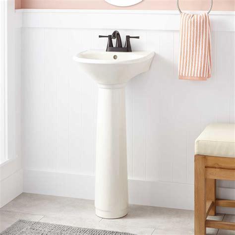 Farnham Porcelain Mini Pedestal Sink   Pedestal Sinks