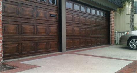 garage door wood look garage doors that look like wood neiltortorella