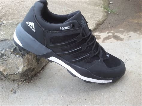 Adidas Tracking Made jual sepatu adidas running pria terrex tracking outdor