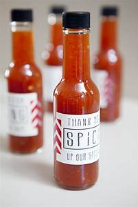 How to make your own hot sauce wedding favors for Hot sauce wedding favors