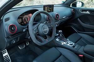 Audi A3 Berline 2017 : essai audi rs3 berline 2018 notre avis sur l 39 a3 de 400 ch photo 39 l 39 argus ~ Medecine-chirurgie-esthetiques.com Avis de Voitures