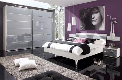 chambre a coucher contemporaine le tapis de sol pour la chambre à coucher archzine fr