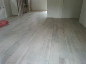 piece a vivre photo 2 7 carrelage imitation parquet en With parquet flottant imitation carrelage