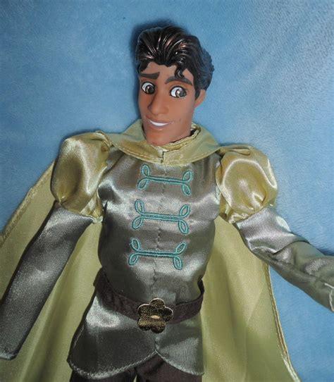 prince naveen  princess   frog  doll