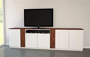 Sideboard Hifi Anlage : wei es sideboard mit nussbaum meine m belmanufaktur ~ Sanjose-hotels-ca.com Haus und Dekorationen