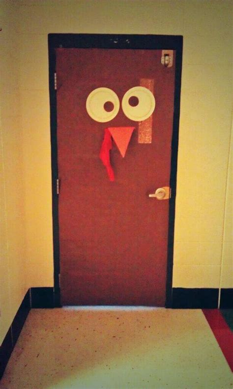 classroom door decoration for thanksgiving and turkey day
