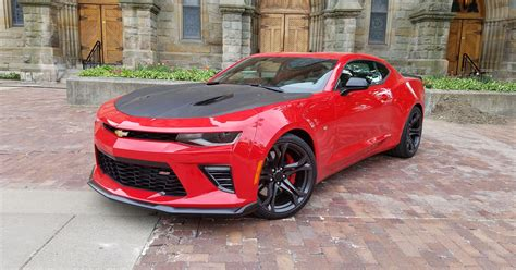 Payne review: Camaro 1LE is a joy to drive hard