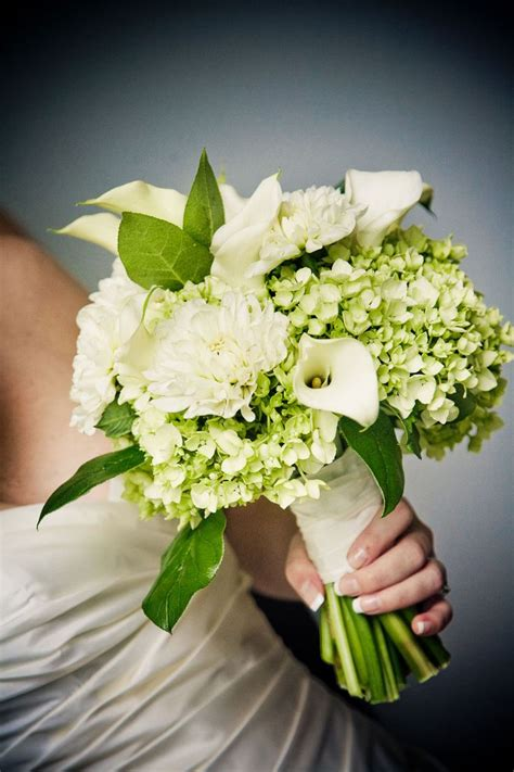 hydrangea bouquets 25 best ideas about white hydrangea bouquet on pinterest white bouquets hydrangea bouquet