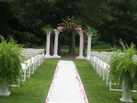 chic garden wedding ceremony venues wedding decor outside