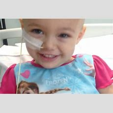 """A 3yearold Girl With Cancer Sang """"let It Go"""" From Her Bed With Some Help From Her Nurses"""