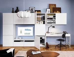 Angolo studio in soggiorno: integrato nella libreria o in un mobile trasformabile Cose di Casa