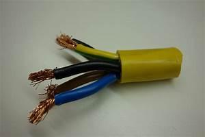 Lampe Anschließen 2 Kabel Ohne Farbe : leiterfarben drahtfarben ~ Orissabook.com Haus und Dekorationen
