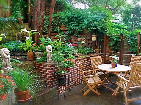 outdoor backyard furniture ideas shade garden beautiful