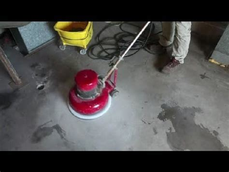 How to Remove Old Paint From Concrete Floors : Concrete