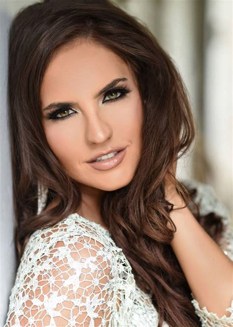 Alpine • Nikki Woodward The Official Miss Texas Usa And