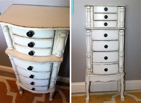 Diy Jewelry Armoire by Gorgeous Diy Jewelry Armoire Makeover Using Chalk Paint